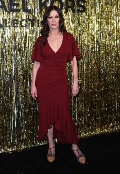 Catherine Zeta-Jones aime toujours assister aux défilés lors de la fashion week