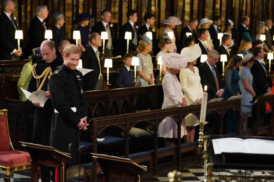 Kate Middleton est à côté de Camilla Parker Bowles