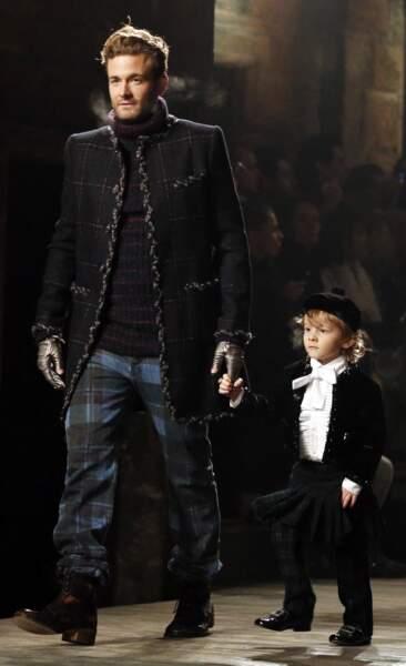 Première ligne pour enfant représentée dignement par le filleul de Karl Lagerfeld (en décembre 2012)