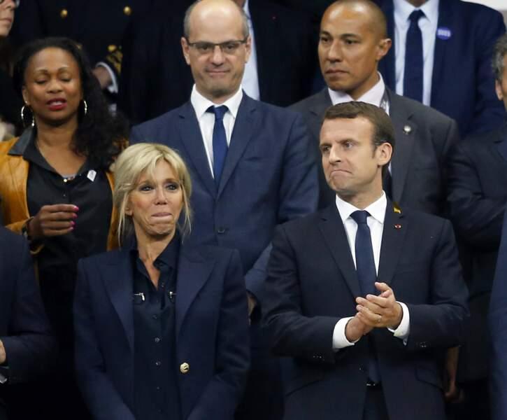 Le couple présidentiel était assorti, en tailleurs bleu marine