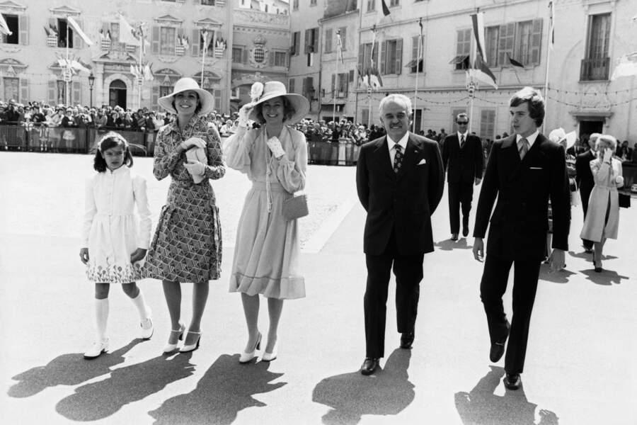 La famille princière de Monaco célèbre les 25 ans de règne de Rainier, en 1974