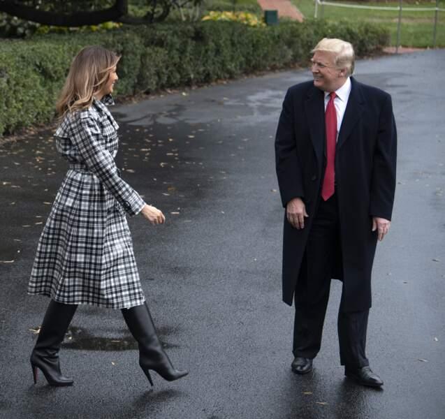 La séduisante Melania Trump en bottes Louboutin, à Washington, le 9 novembre 2018.