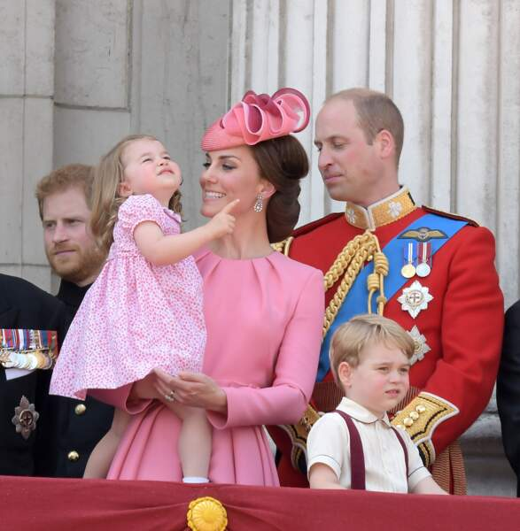 Kate Middleton, Prince William et leurs enfants Charlotte et George, à Buckingham Palace