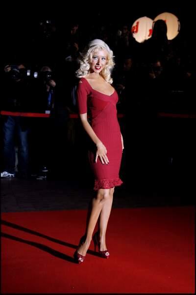 Christina Aguilera, lors de la montée des marches des NRJ Music Awards en 2007 à Cannes