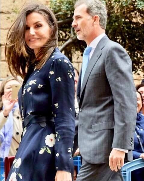 Cheveux au vent et yeux de chat au naturel à 46 ans, la reine d'Espagne est plus séduisante que jamais