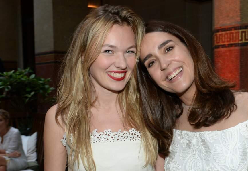 Alice Aufray et Victoria Olloqui