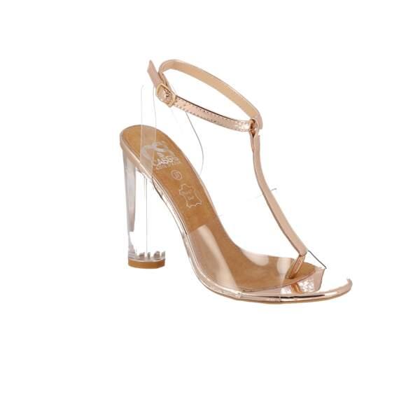 Sexy, sandales à talon en plexi Cassis, 68 € (chaussurecassis.com)