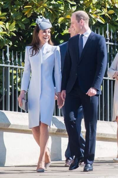 Le prince William et Kate Middleton semblaient même amusés de donner le change, devant les photographes
