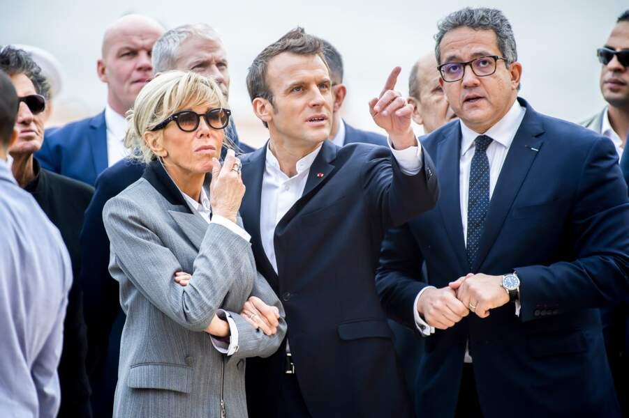 Brigitte Macron et Emmanuel Macron, très complices en visite au temple d'Abou Simbel au Caire dimanche 27 janvier