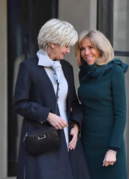 Brigitte Macron toujours très complice avec ses homologues commeIsabelle Brais, la femme du 1er ministre du Québec