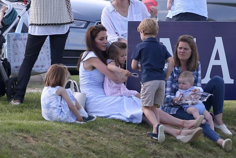 Attentive à leurs besoins, la duchesse de Cambridge pratique l'écoute active avec ses aînés.