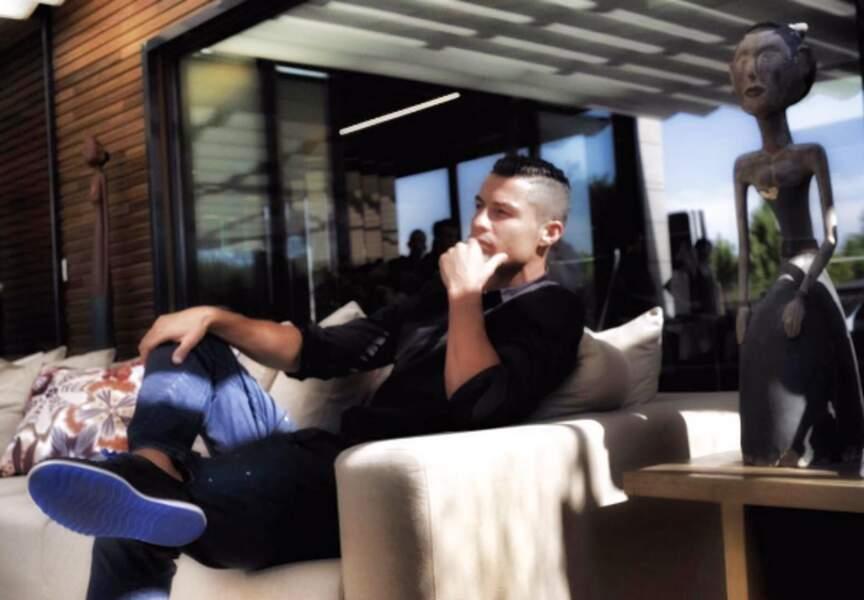 Cristiano affiche sa nouvelle coupe de cheveux