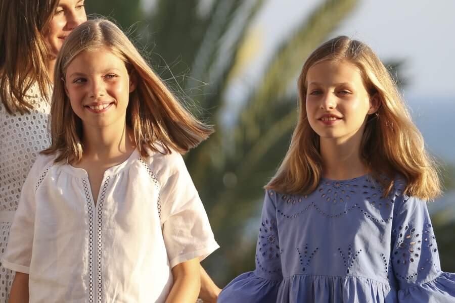 La princesse Leonor et l'infante Sofia d'Espagne lors de leurs vacances à Majorque, le 29 juillet 2018