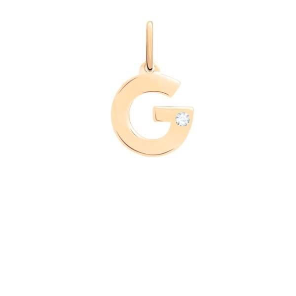 Pendentif G en or jaune et un diamant, 195€, Guérin Joaillerie.