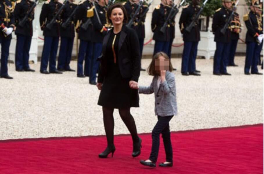 Christelle Auzière, la femme de Sébastien, avec leur fille Camille