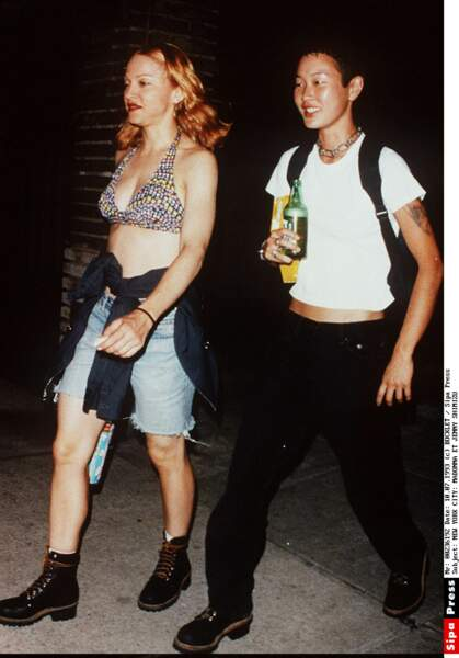 Madonna et Jenny Shimizu en 1993 à New York