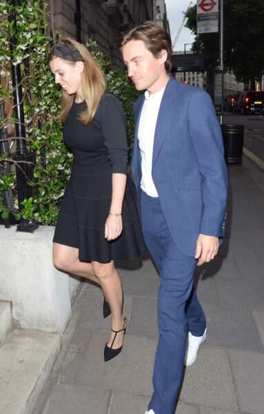 Beatrice d'York et son fiancé font leur arrivée dans un club londonien,le 9 juillet