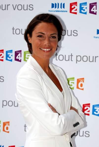 Alessandra Sublet et sa coupe courte classique, en 2009 à Paris