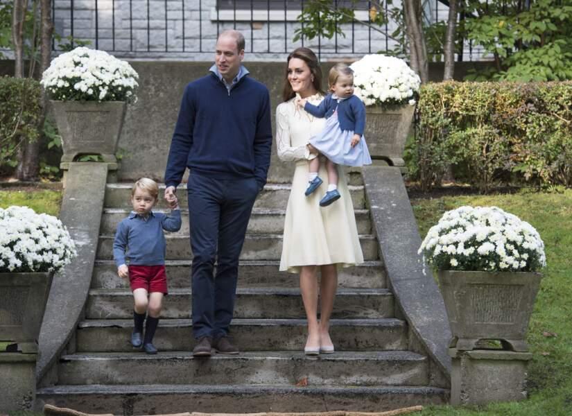 William, Kate, George et Charlotte lors d'une fête à Victoria lors d'un voyage au Canada, le 29 septembre 2016