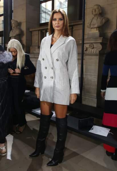 Malika Ménard, au défilé haute couture printemps-été 2019 du couturier Tony Ward, à Paris, le 21 janvier 2019