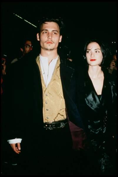 Johnny Depp et sa compagne, l'actrice Winona Ryder (1992)