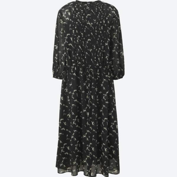 Robe imprimée manches 3/4, Uniqlo, 39,90 € (uniqlo.com).