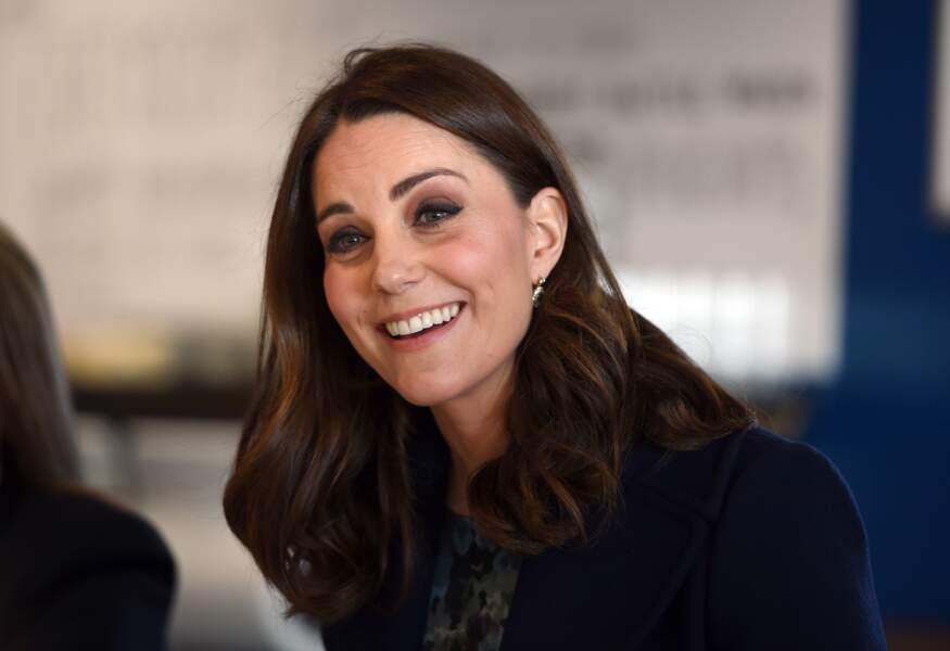 La coupe longue brune de Kate Middleton