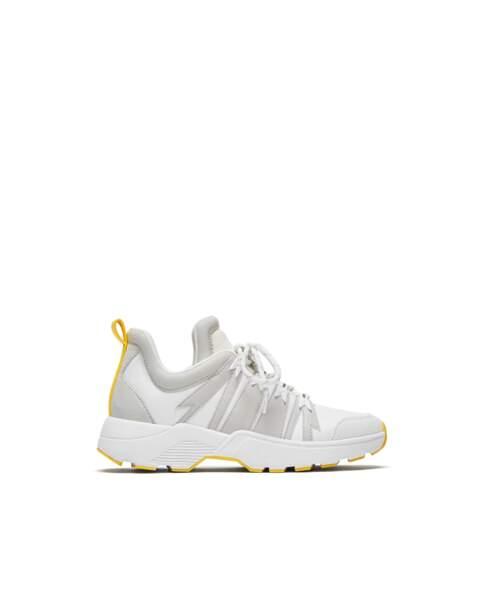 Citron, basket détail jaune, Zara, 49,95 € (zara.com).