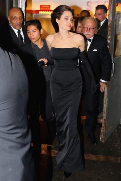 Au cours de cette soirée, le travail humanitaire d'Angelina Jolie a été une nouvelle fois salué