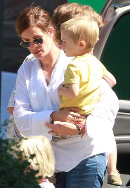 """Julia Roberts, avec ses enfants Henry Daniel, Hazel et Phinnaeus sur le tournage du film """"Jesus Henry Christ"""""""