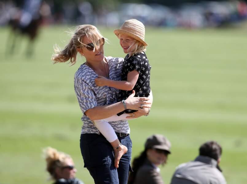 Autumn Phillips et sa fille Isla assistent au festival de polo de Gloucester le 11 juin 2017