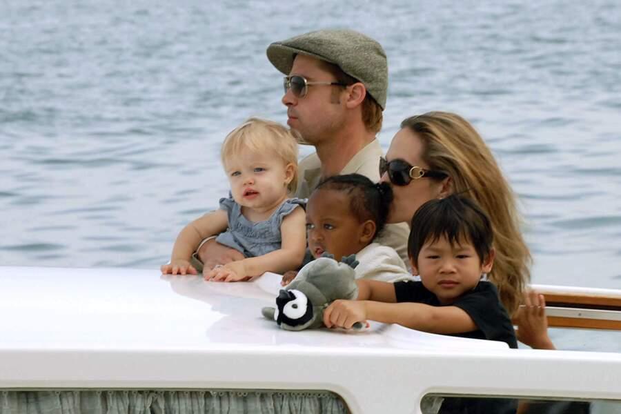 Brad Pitt, Angelina Jolie et leurs enfants à Venise en 2007