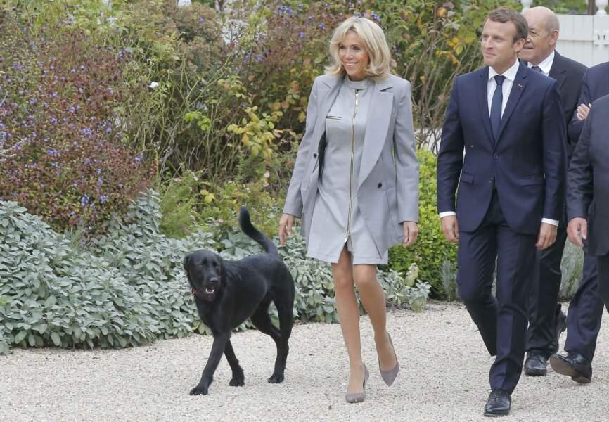 Ce mercredi 27 septembre, à midi, Brigitte et Emmanuel Macron on reçu 180 chefs étoilés à l'Elysée.