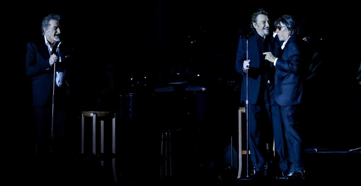 """Eddy Mitchell, Johnny Hallyday et Jacques Dutronc lors de  la tournée """"Les Vieilles Canailles"""" à Lille en 2017"""