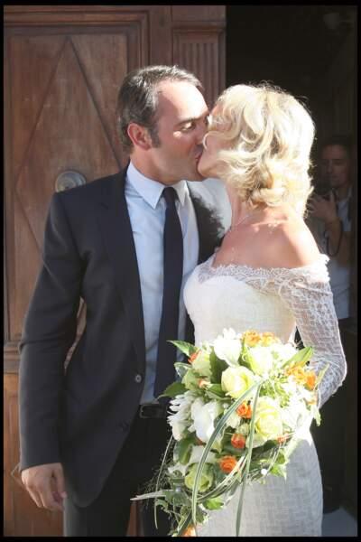 Mariage de Jean Dujardin et d'Alexandra Lamy à Anduze dans les Cévennes en 2009