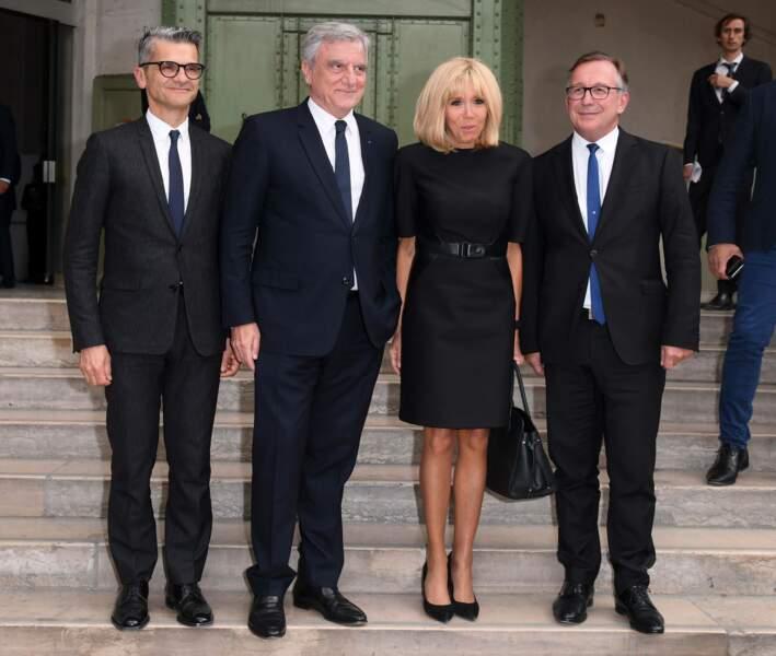Brigitte Macron avec Bruno Pavlovsky lors de la soirée-hommage à Karl Lagerfeld, à Paris, le 20 juin 2019.