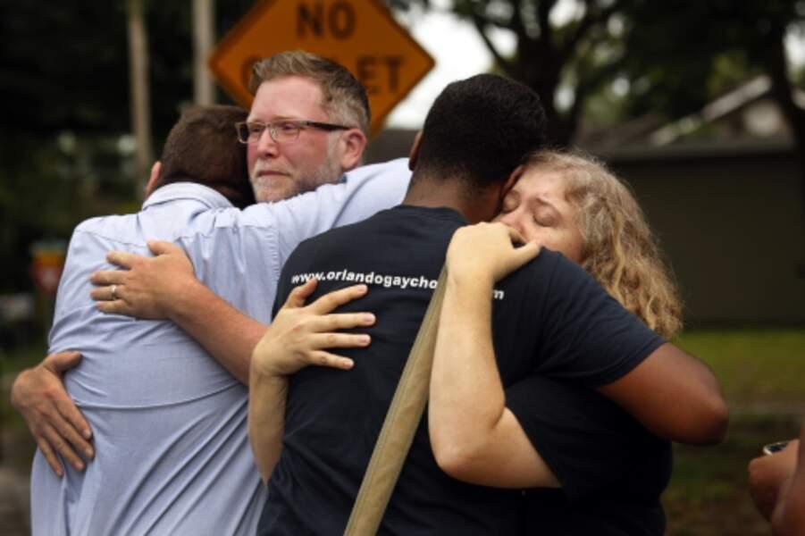 Attentat terroriste à Orlando : Atmosphère et recueillement. Polaris