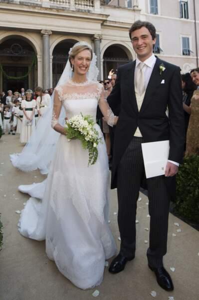 Le prince Amedeo de Belgique et Elisabetta (en robe Valentino) lors de leur mariage le 5/07/14