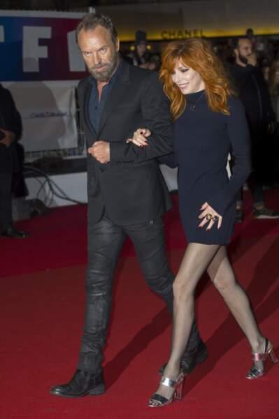 Mylène Farmer, au bras de Sting, arrive à la 17e édition des NRJ Music Awards le 7 novembre 2015 à Cannes
