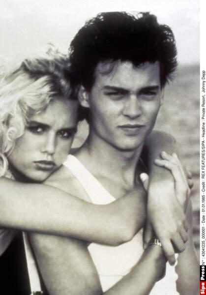 "Avec l'actrice Emily Longstreth dans le film ""Private Resort"" (1985)"