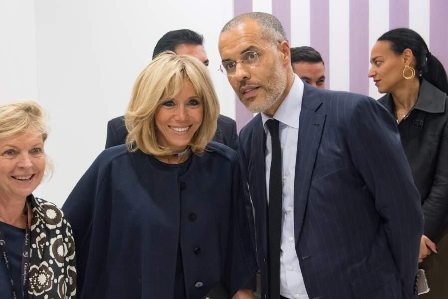 Brigitte Macron, ravie d'être à la FIAC