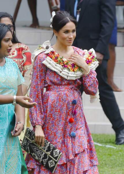 Meghan Markle : sous sa robe robe se dessine un petit ventre le 24 octobre 2018 aux Iles Fidji