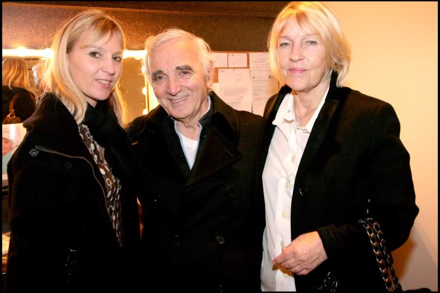 Charles Aznavour avec sa femme Ulla et leur fille Katia, au Palais des Congrès.