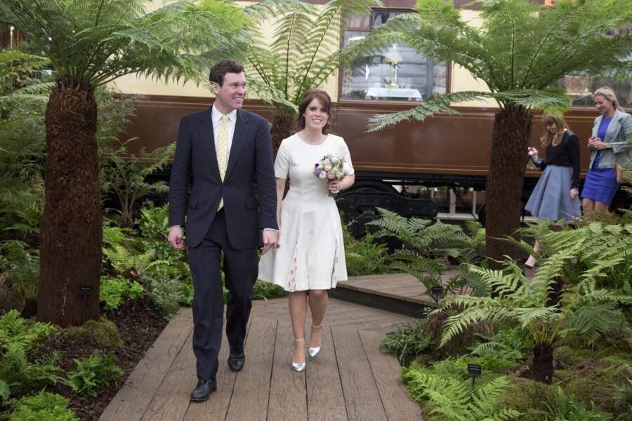 La princesse Eugenie d'York et son fiancé Jack Brooksbank au Chelsea Flower show à Londres le 23 mai 2016
