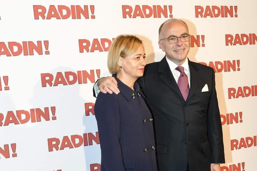 """Bernard Cazeneuve et sa femme à l'avant-première de """"Radin!"""", film de Fred Cavayé, le 22 septembre 2016"""