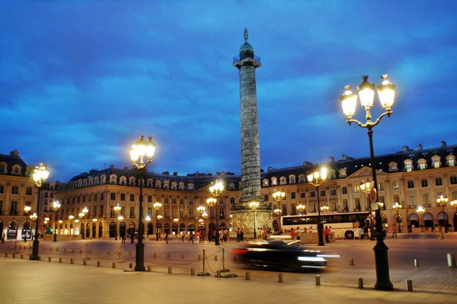 Sur la place Vendôme, le Ritz contribue au prestige