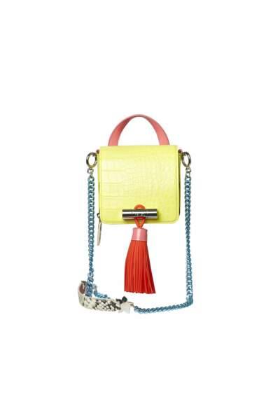 Graphique, mini sac Kenzo, 550 € (kenzo.com)