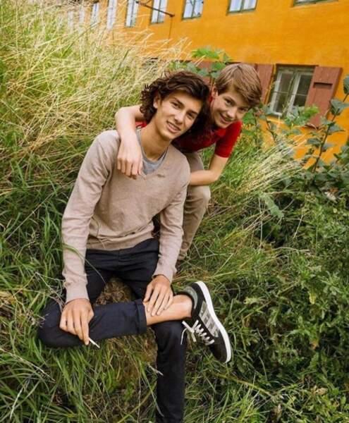 Deux frères inséparables, Nikolaï, 17 ans, et Félix, 14 ans