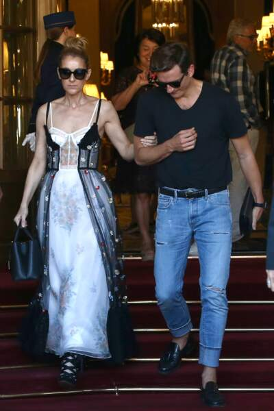 Pepe Munoz portait quant à lui un jean et une paire de mocassins