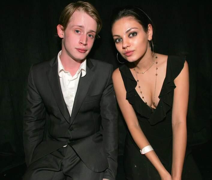 Macaulay Culkin and Mila Kunis à hollywood en 2005